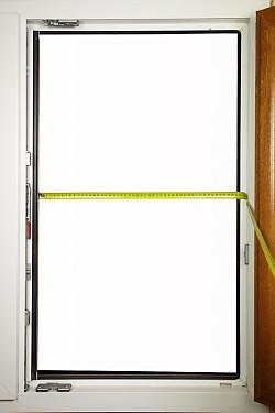 zaměření sítí do plastových oken
