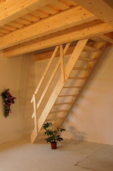 Přímé schodiště Norma, š. 800mm, v. 2940mm